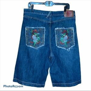 Red Monkey Co bottom fly jean shorts size 34